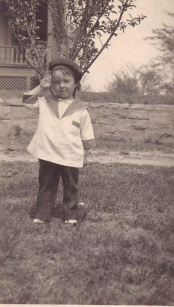 "Frank ""Bud"" Green, Sioux City, Iowa, circa 1917."
